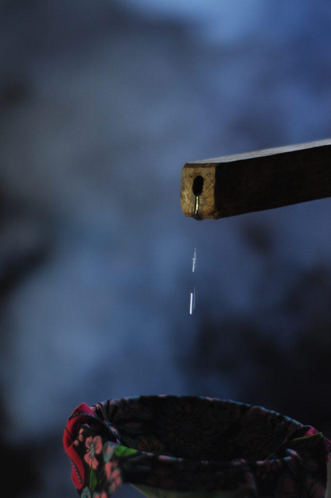 Vòi gỗ dẫn rượu ngô